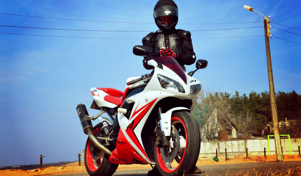 Девушек днем, картинки на мотоциклах парни