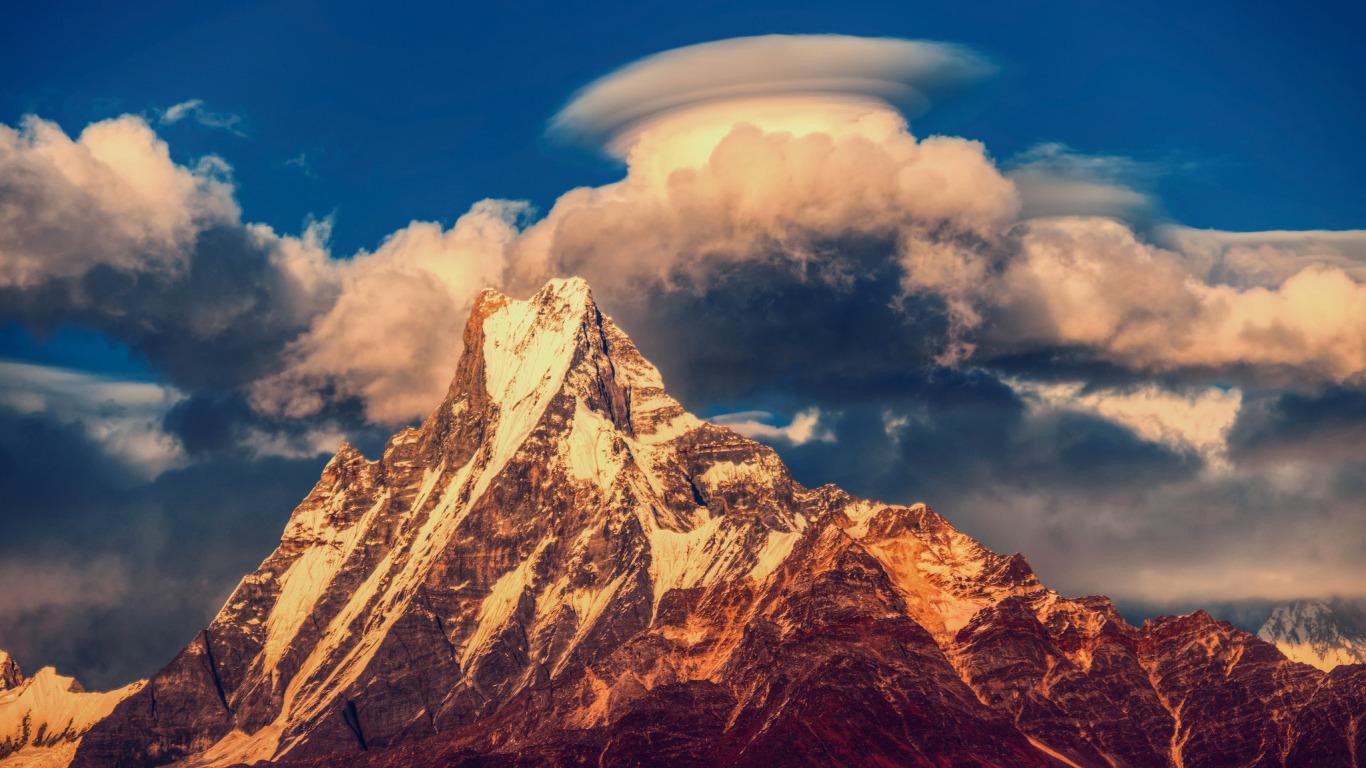 http://img3.goodfon.ru/original/1366x768/6/73/nepal-gory-gimalai-gornyy.jpg
