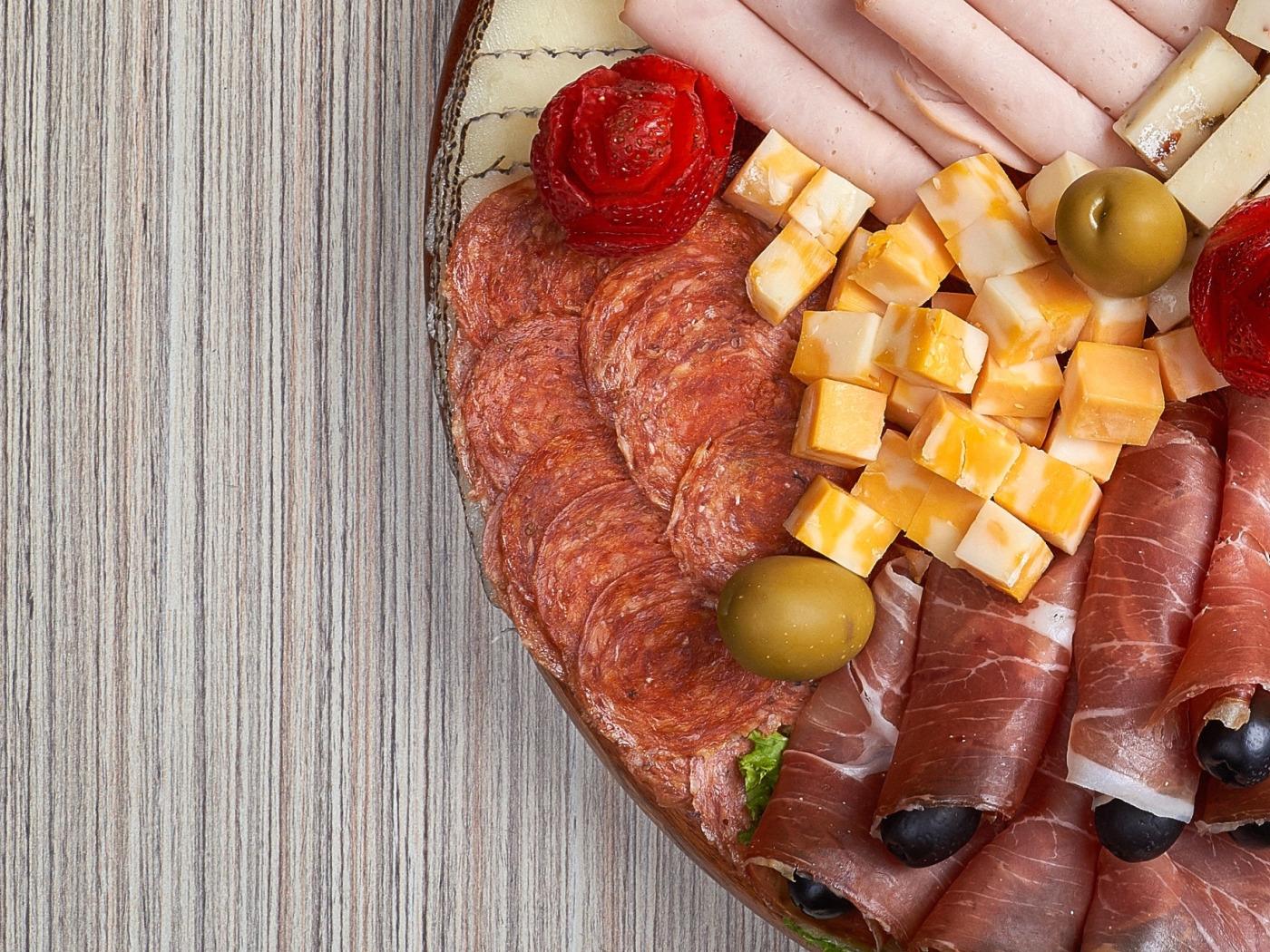 нарезка колбас и сыров красиво в картинках активная девочка-фиксик