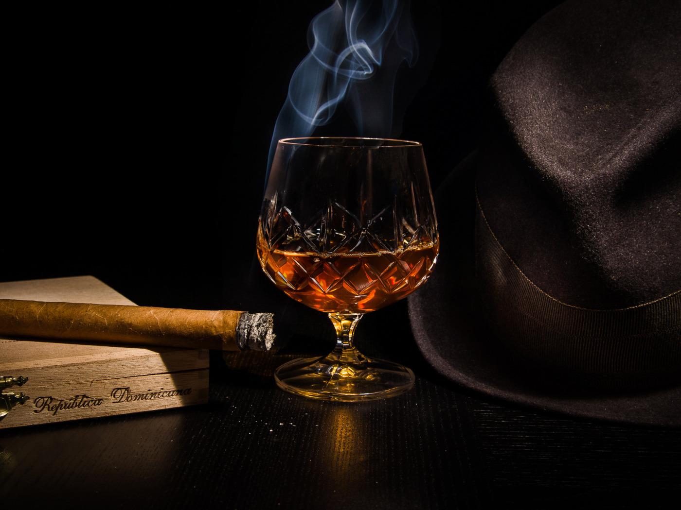 Открытка на др мужчине алкоголь, цифрой один открытки