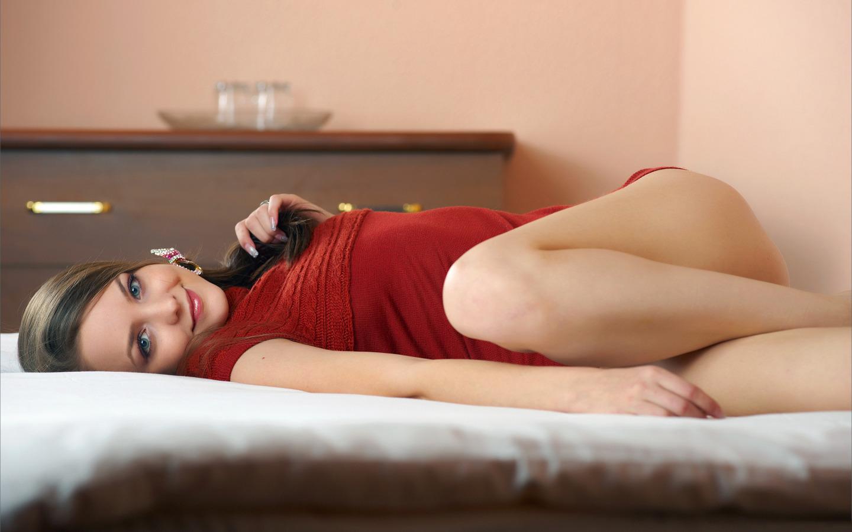 Фото полных в постели, Голые полненькие на фото и обнаженные полные 9 фотография