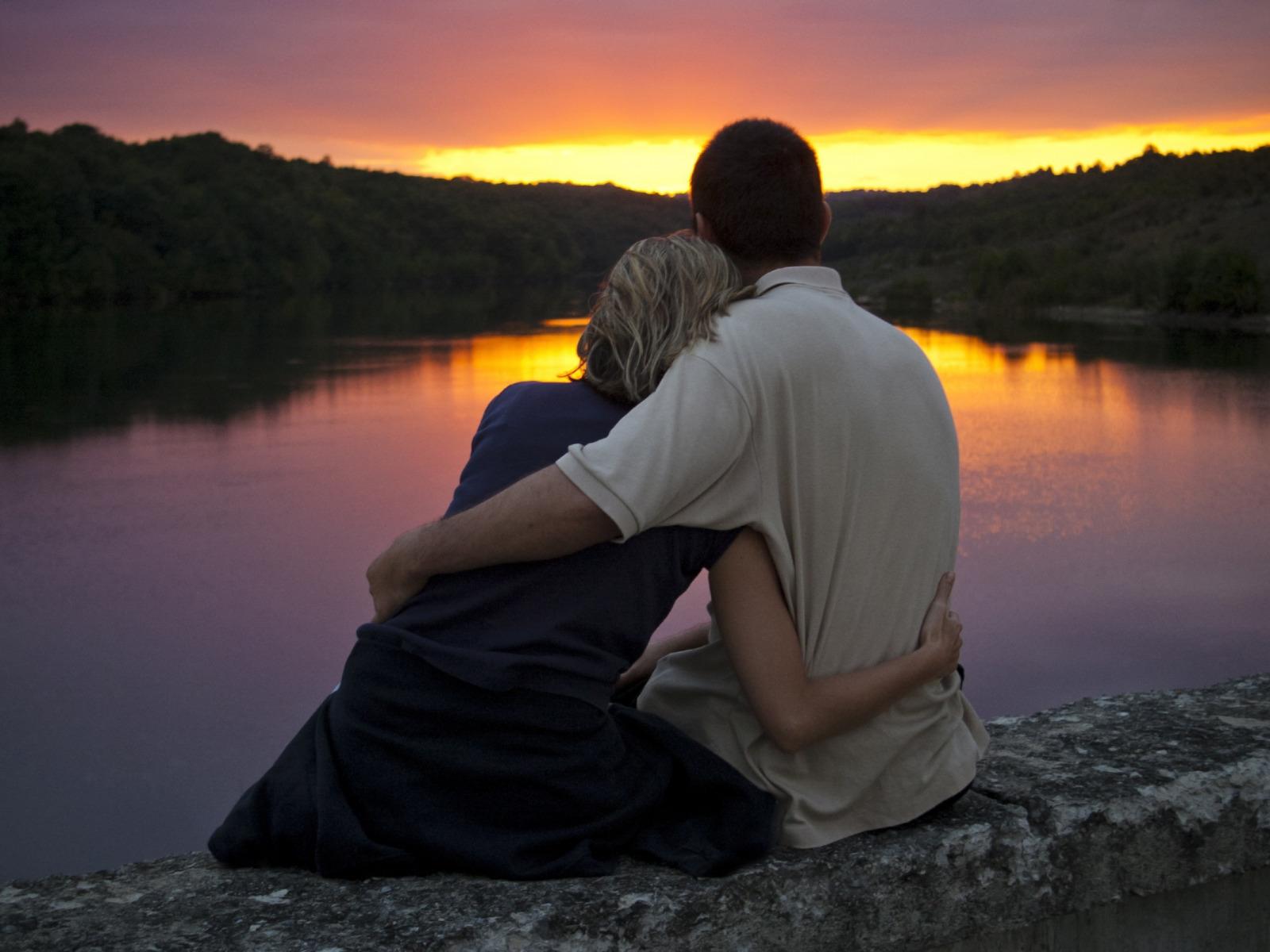 Романтика девушка и парень картинка
