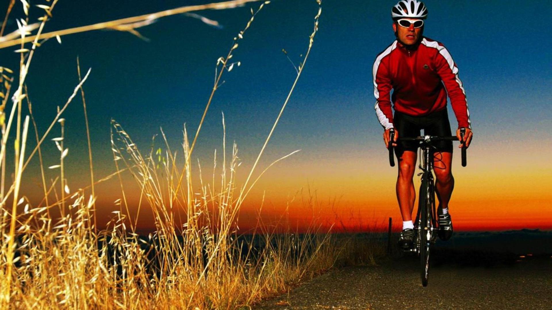 спорт велосипед споротсмен мужчина  № 1633697 загрузить