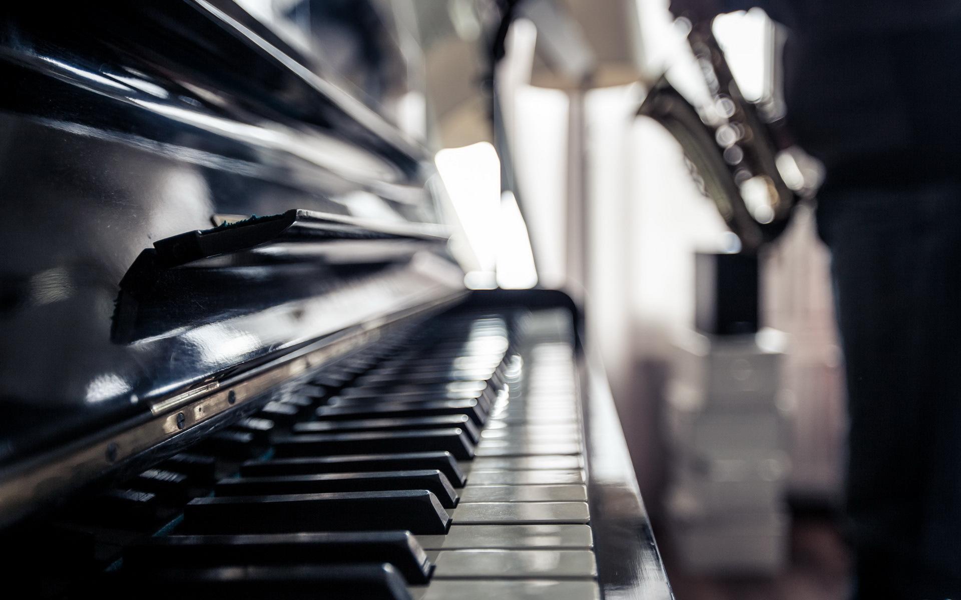 результат рояль и свечи фото в высоком разрешении написать