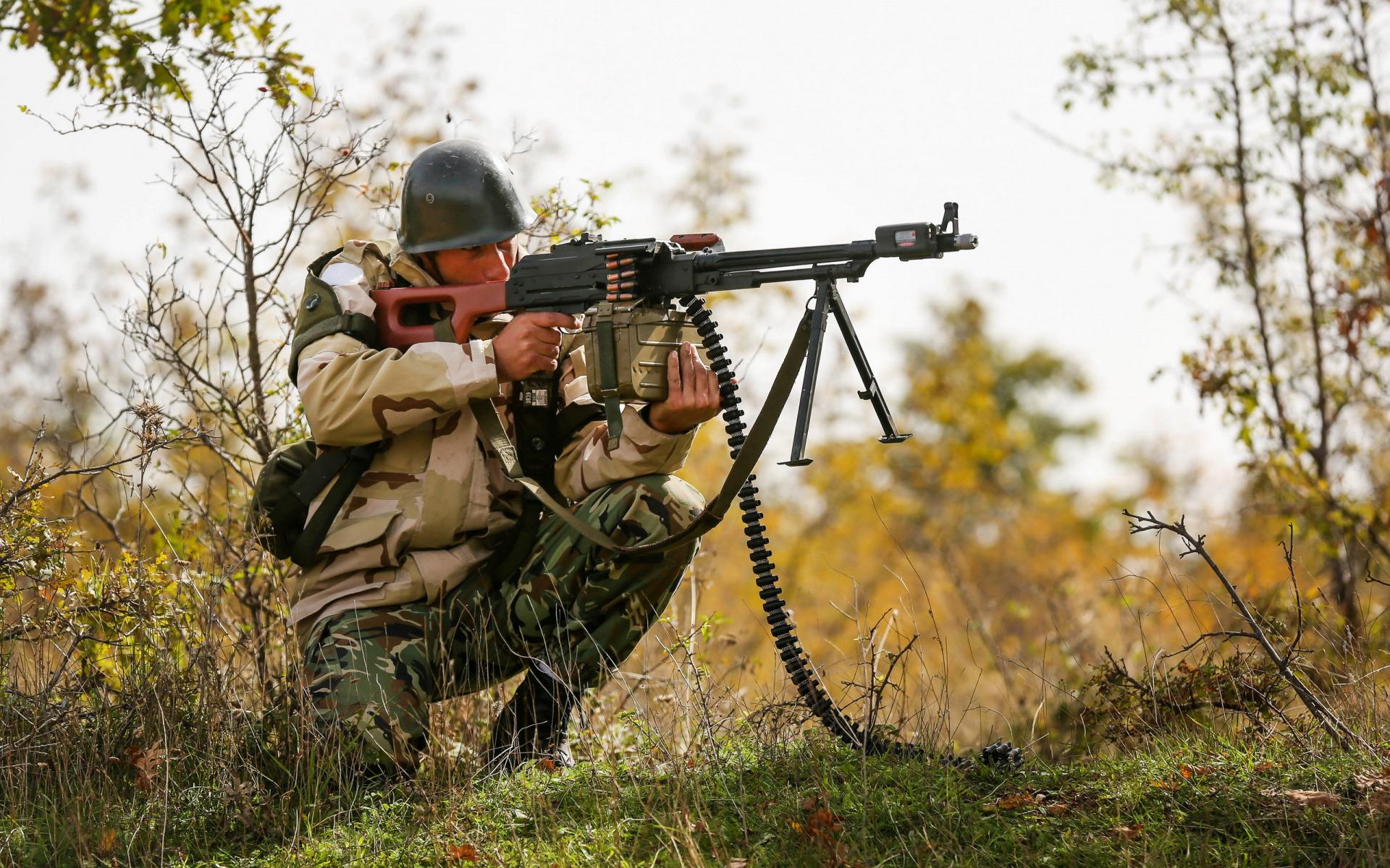 Солдаты стреляют картинки