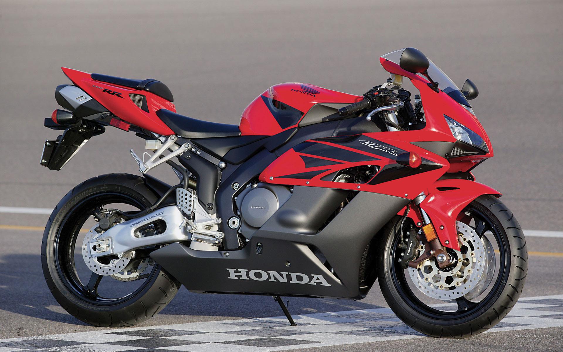 спортивный мотоцикл Honda  № 3935570 загрузить
