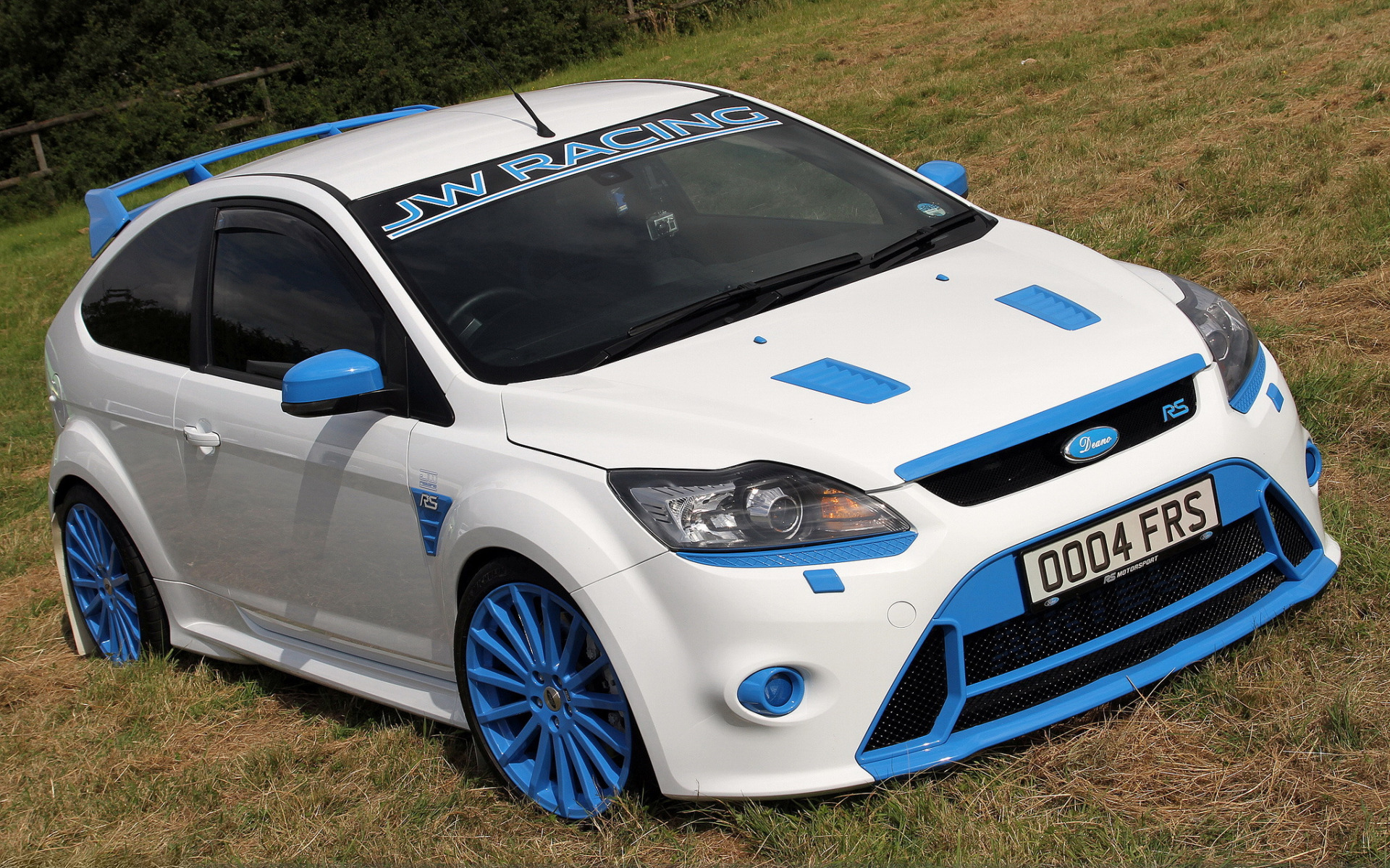 синий автомобиль ford focus rs  № 215585  скачать