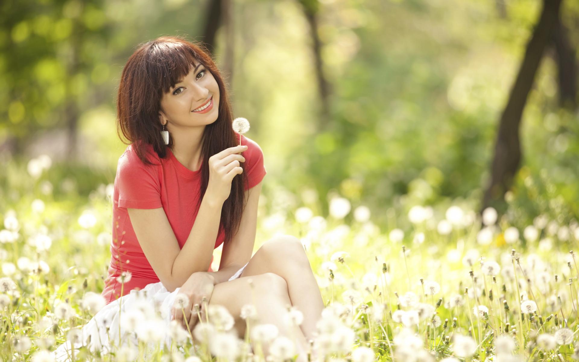 Картинки счастливой девушки брюнетки, признание любви любимому