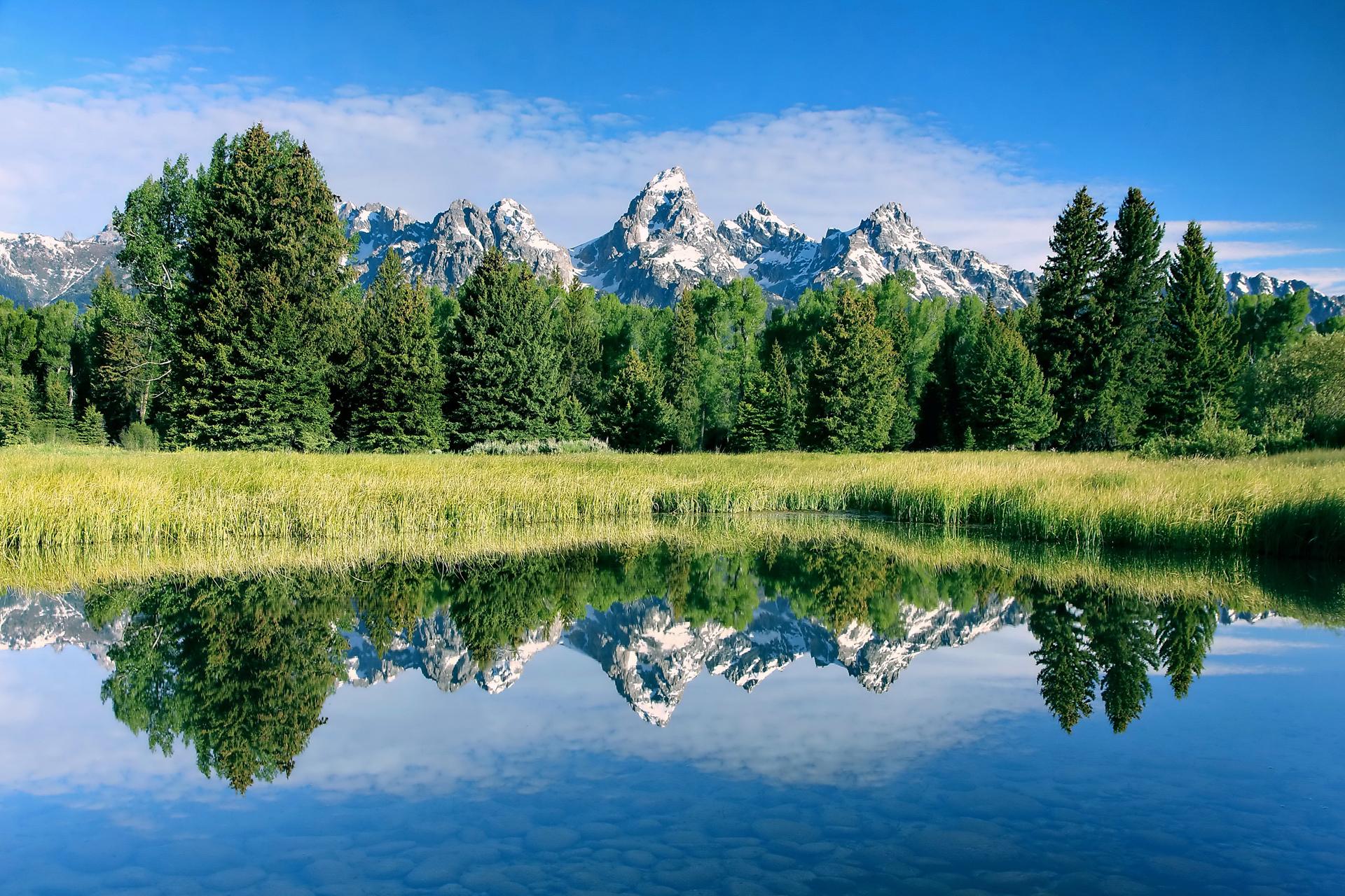 Горы зелень вода  № 657895 загрузить