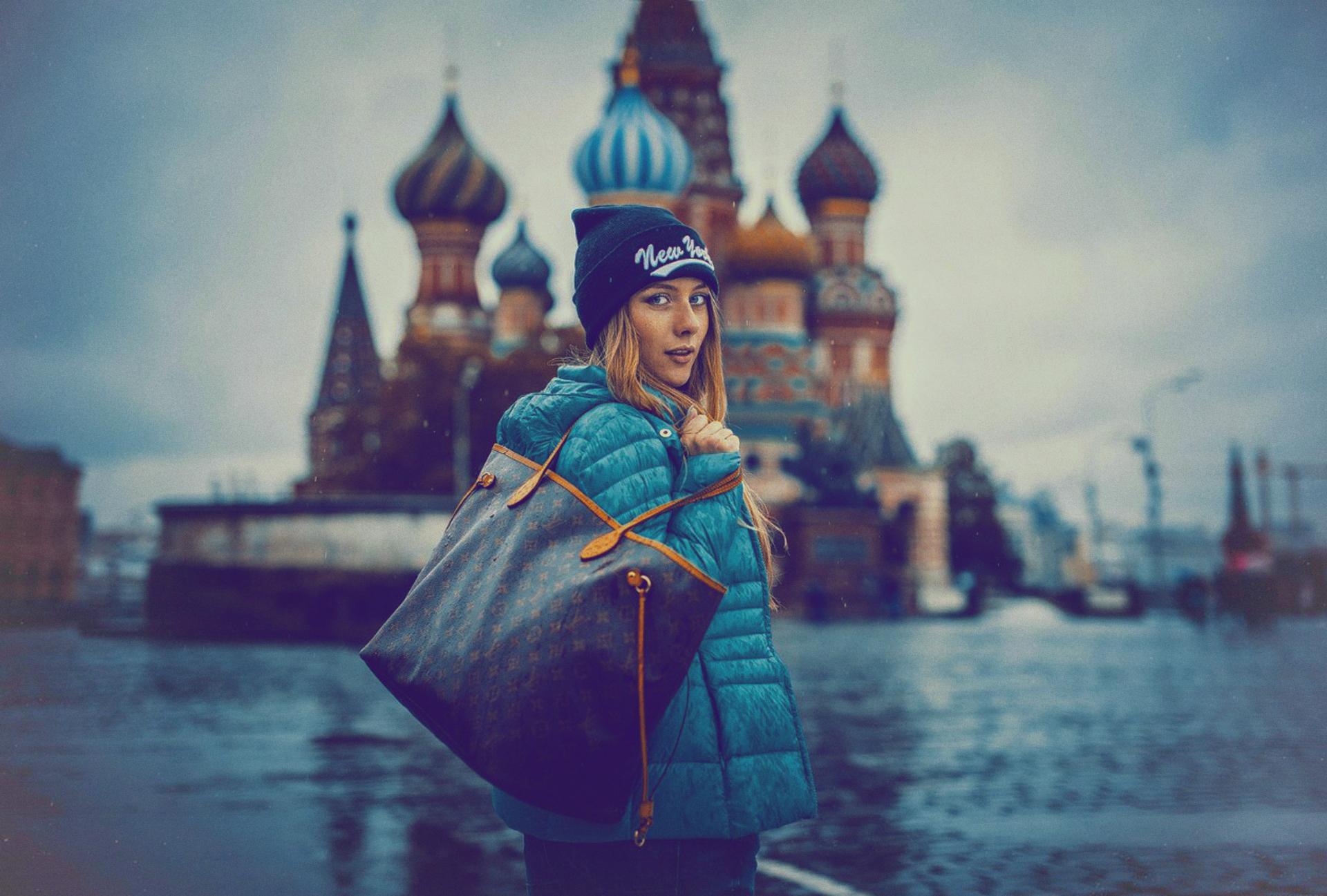 Картинки в москве девушки
