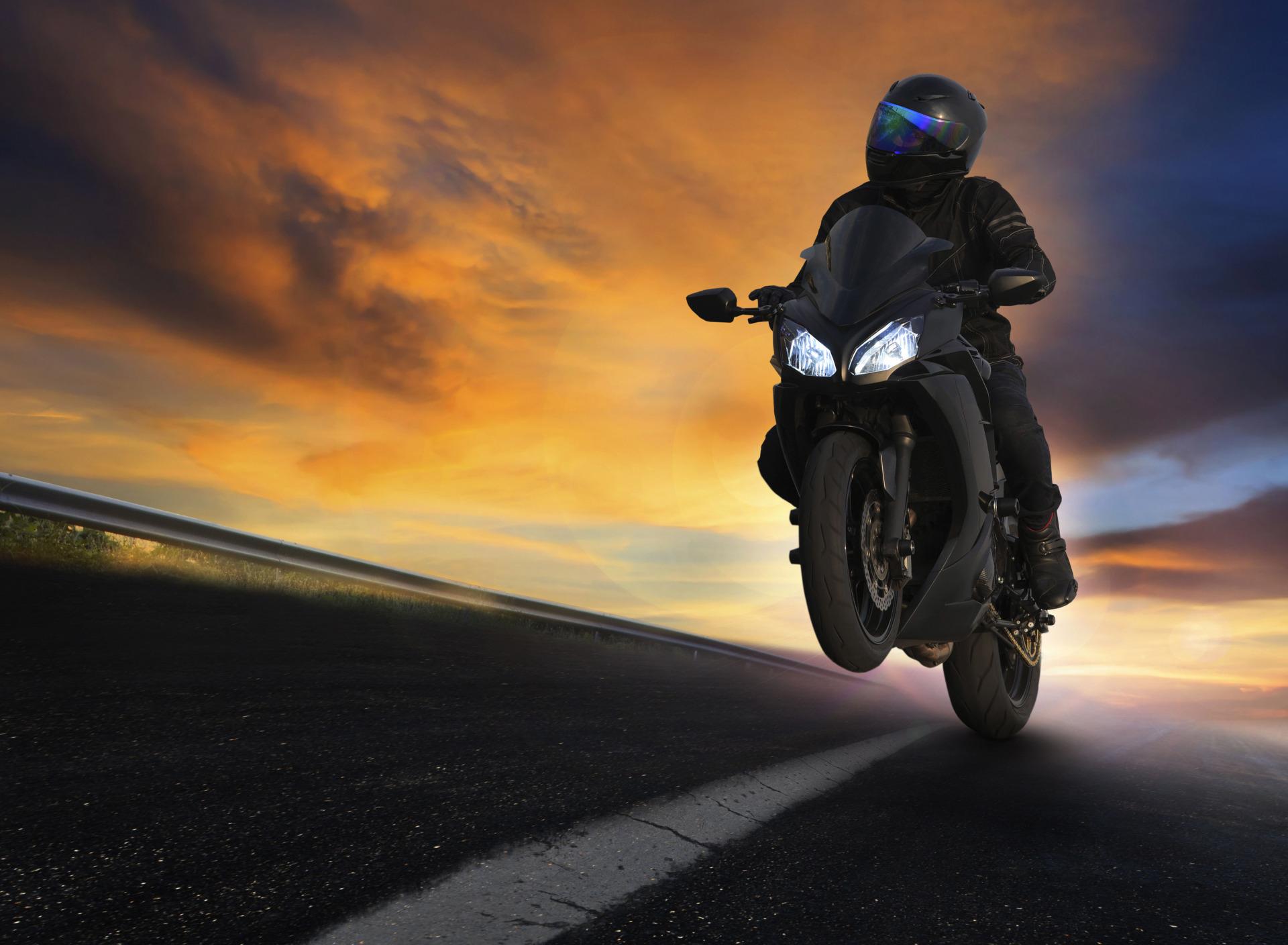 картинки мотоциклистов и закат мясного была