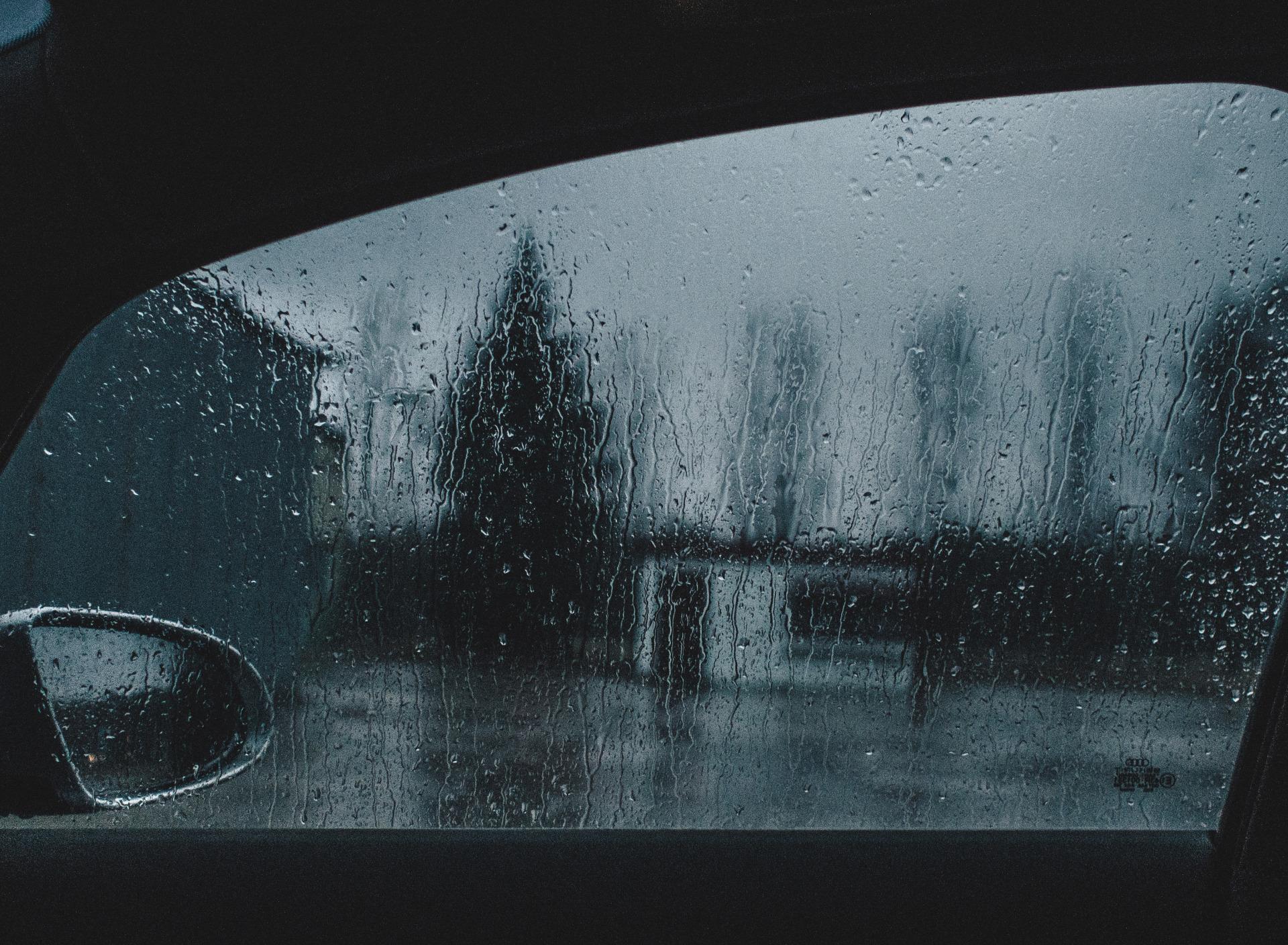 ежедневно фотографии на стекло машины очень
