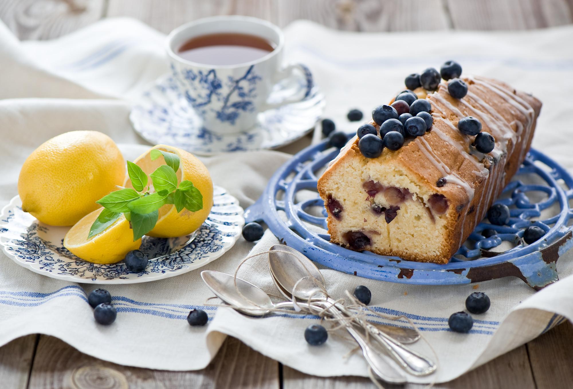 картинка чашка чая и десерт того