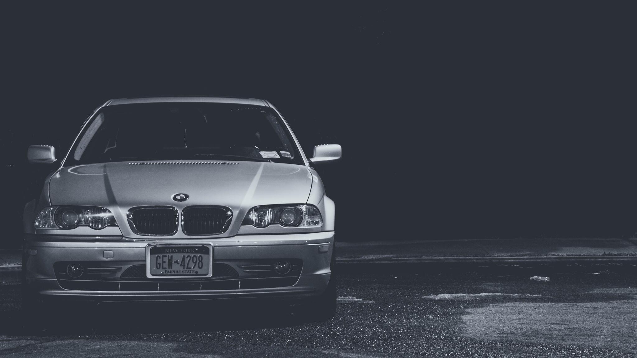черно-бело фото BMW  № 2422785 загрузить