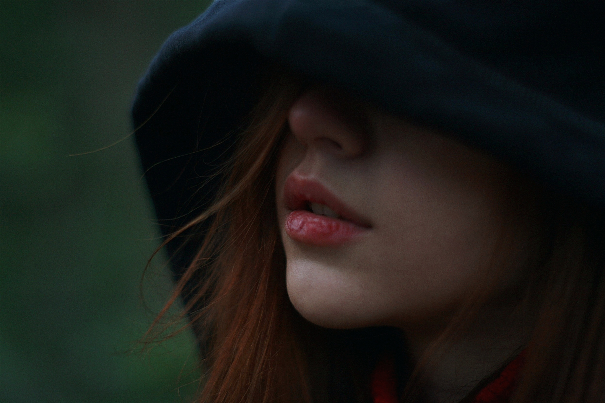опасны картинки девочек в капюшоне без лица тушенка недорого розницу