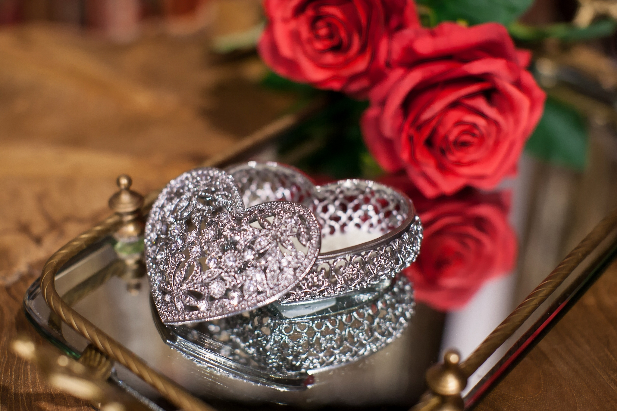 Бриллианты и розы фото