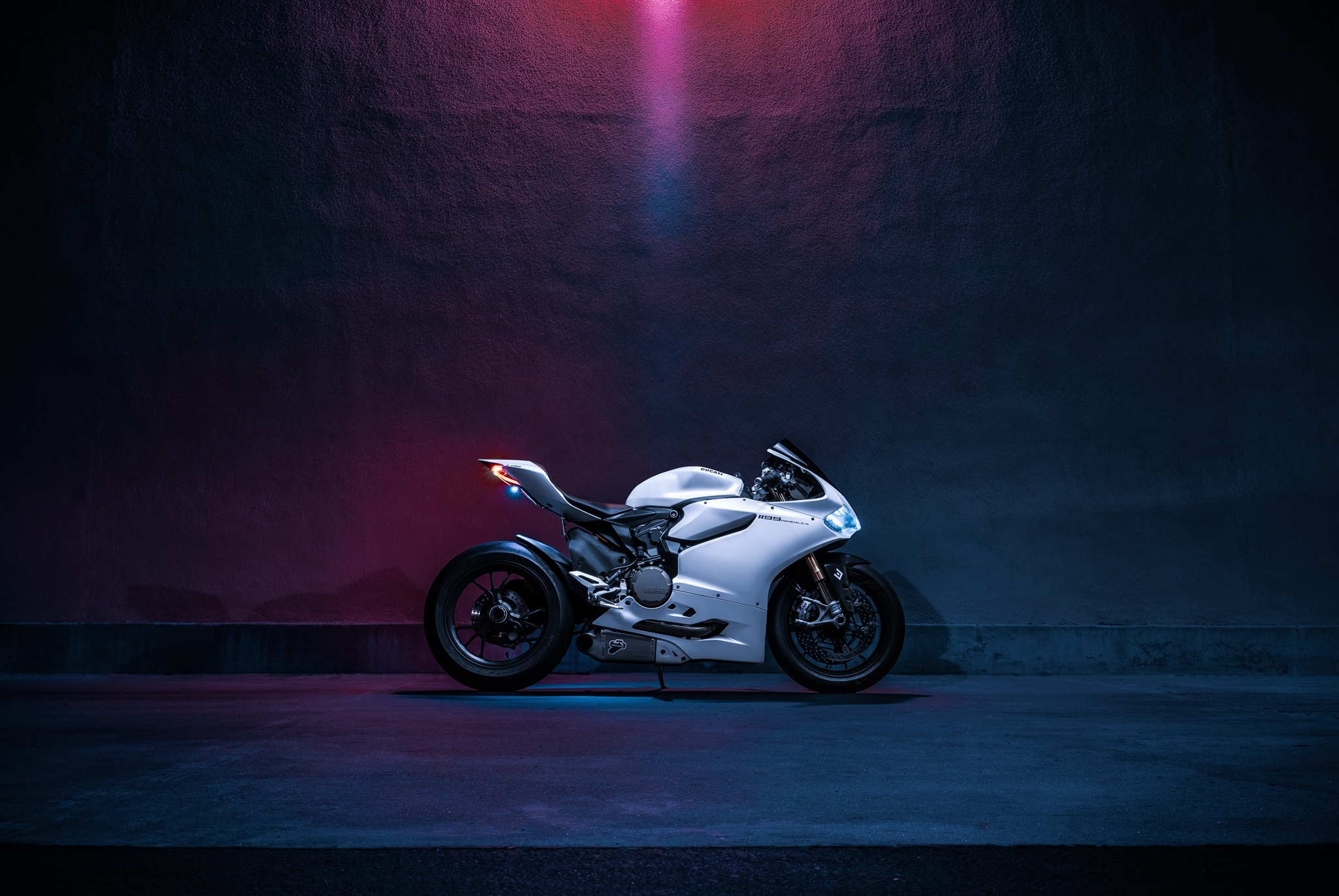 Мотоцикл Ducati море  № 3435486 загрузить