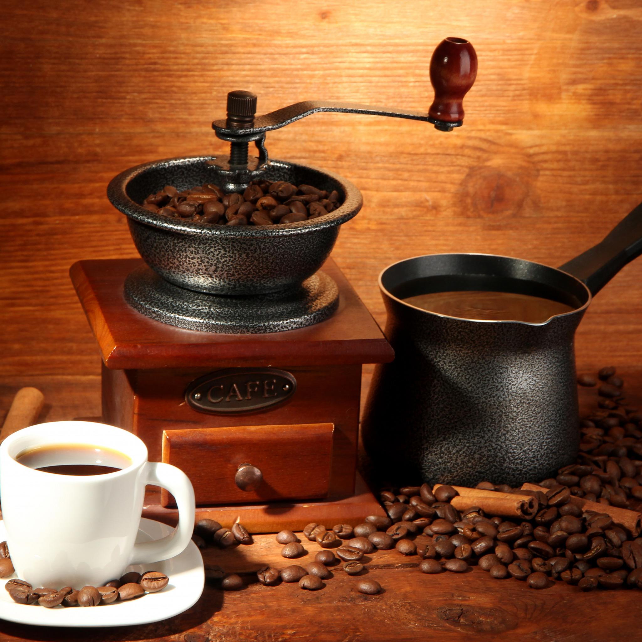 начнем картинки кофе и кофемолка главного тренера отражается