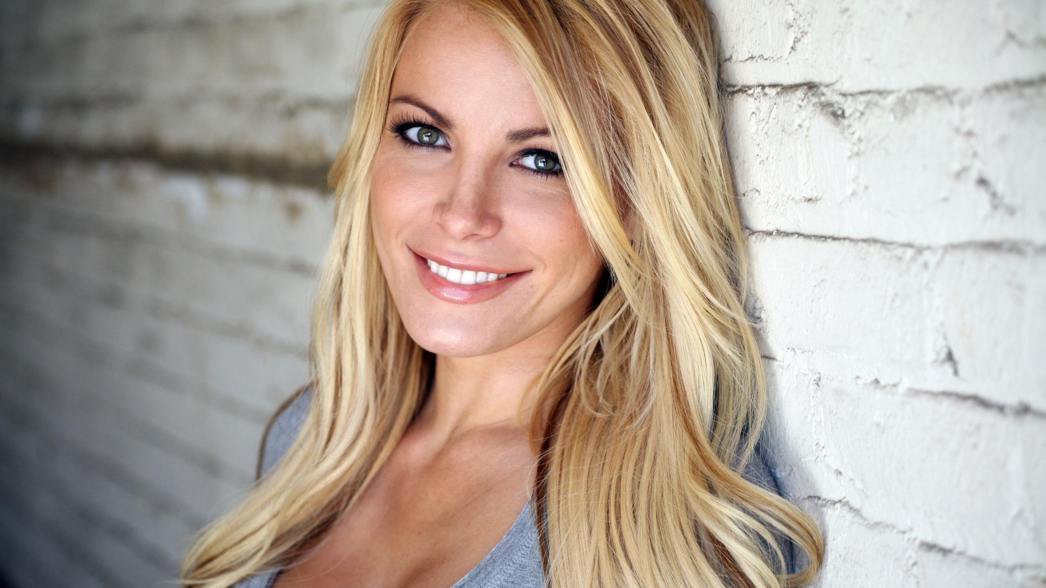 foto-omskih-blondinok-porno-bet-po-klitoru