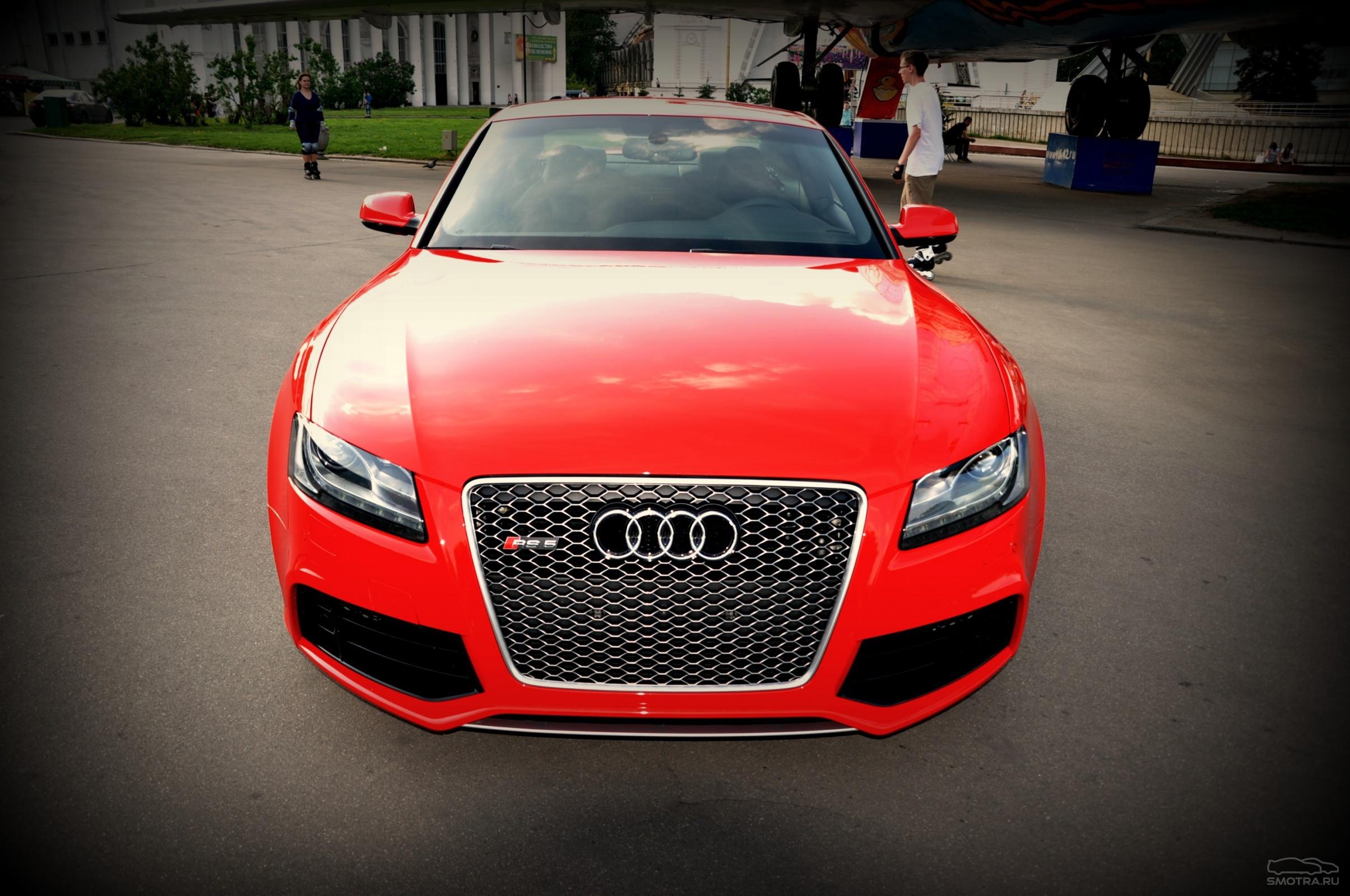 красный черный автомобиль Audi TT red black car  № 2626240 без смс