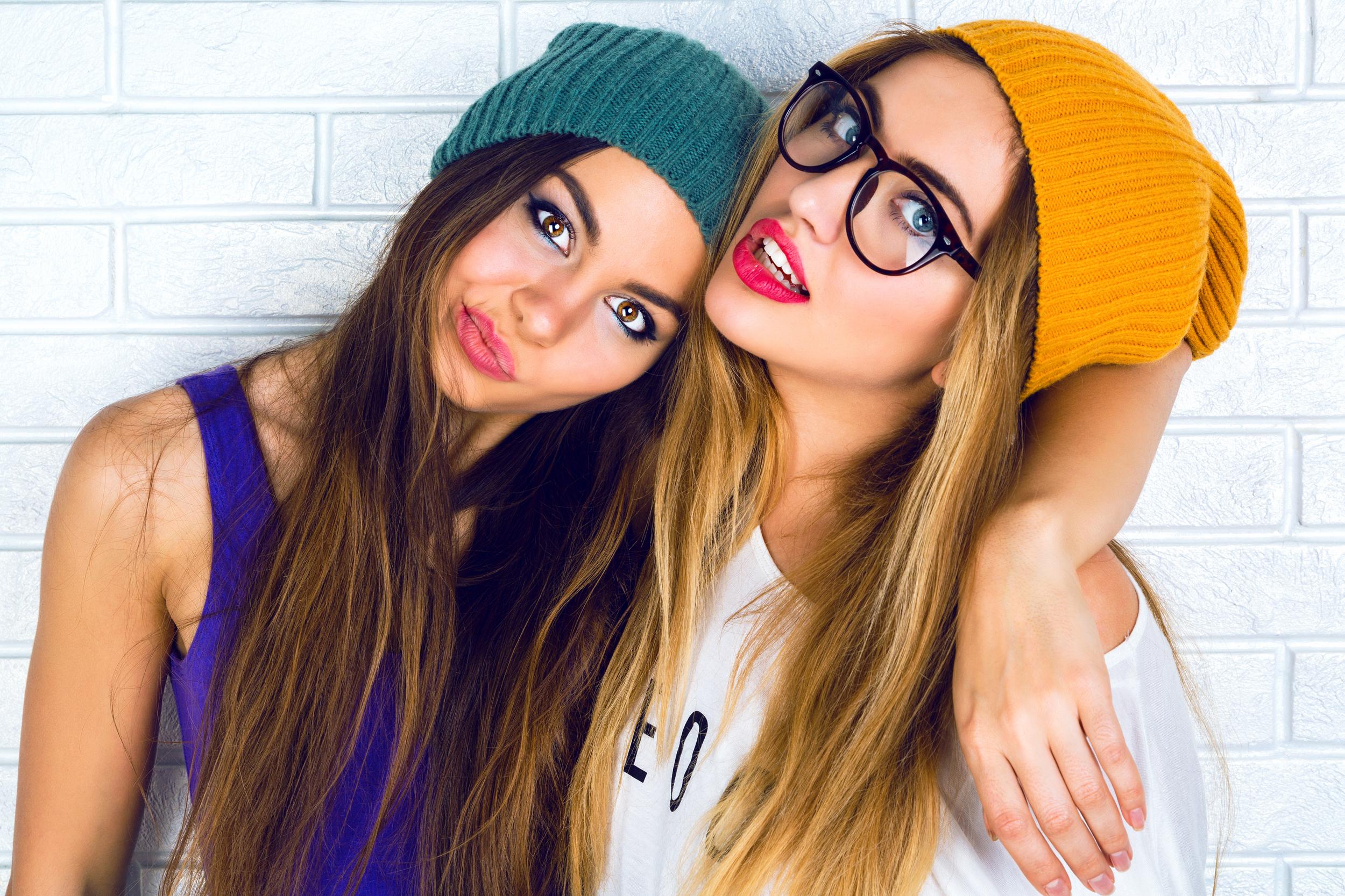 Картинки красивых девушек подружек