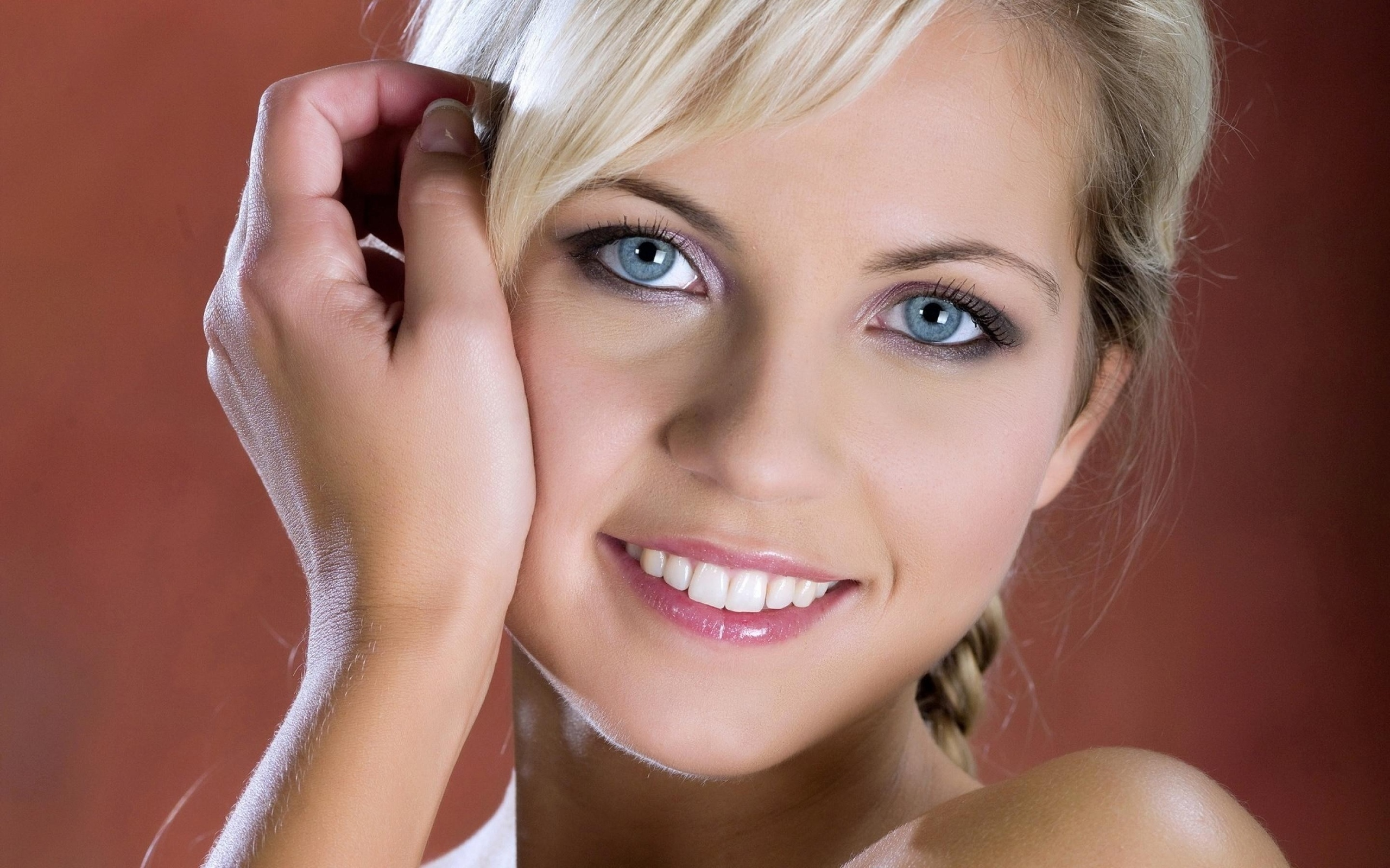 Виновата чукчи, открытки фото блондинки