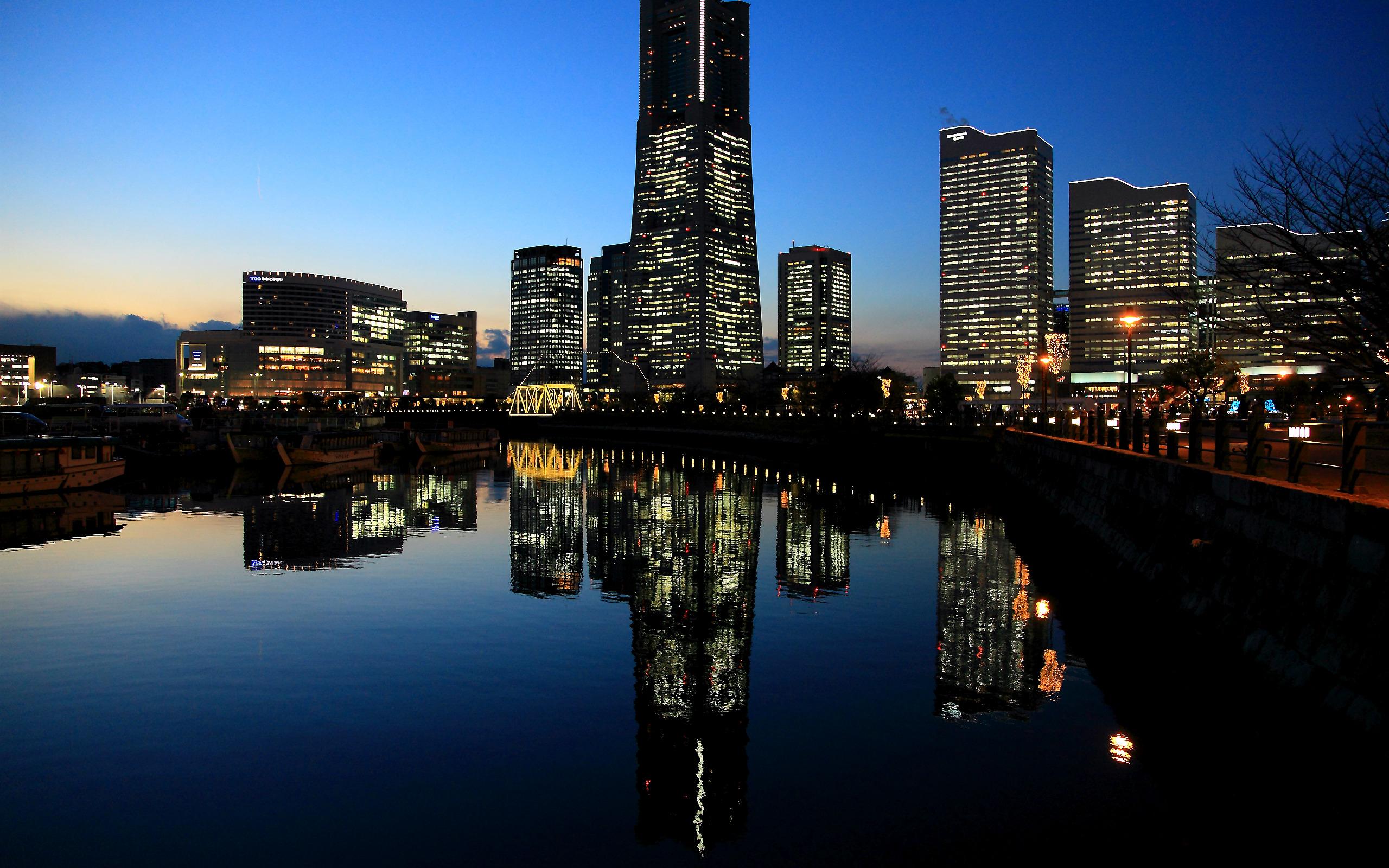 город ночь освещение отражение  № 3927577  скачать