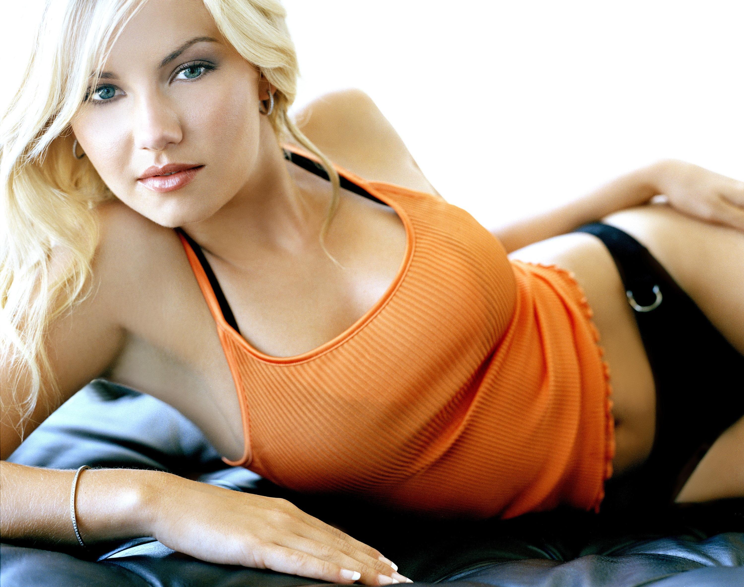 женщины блондинки видео-жж3