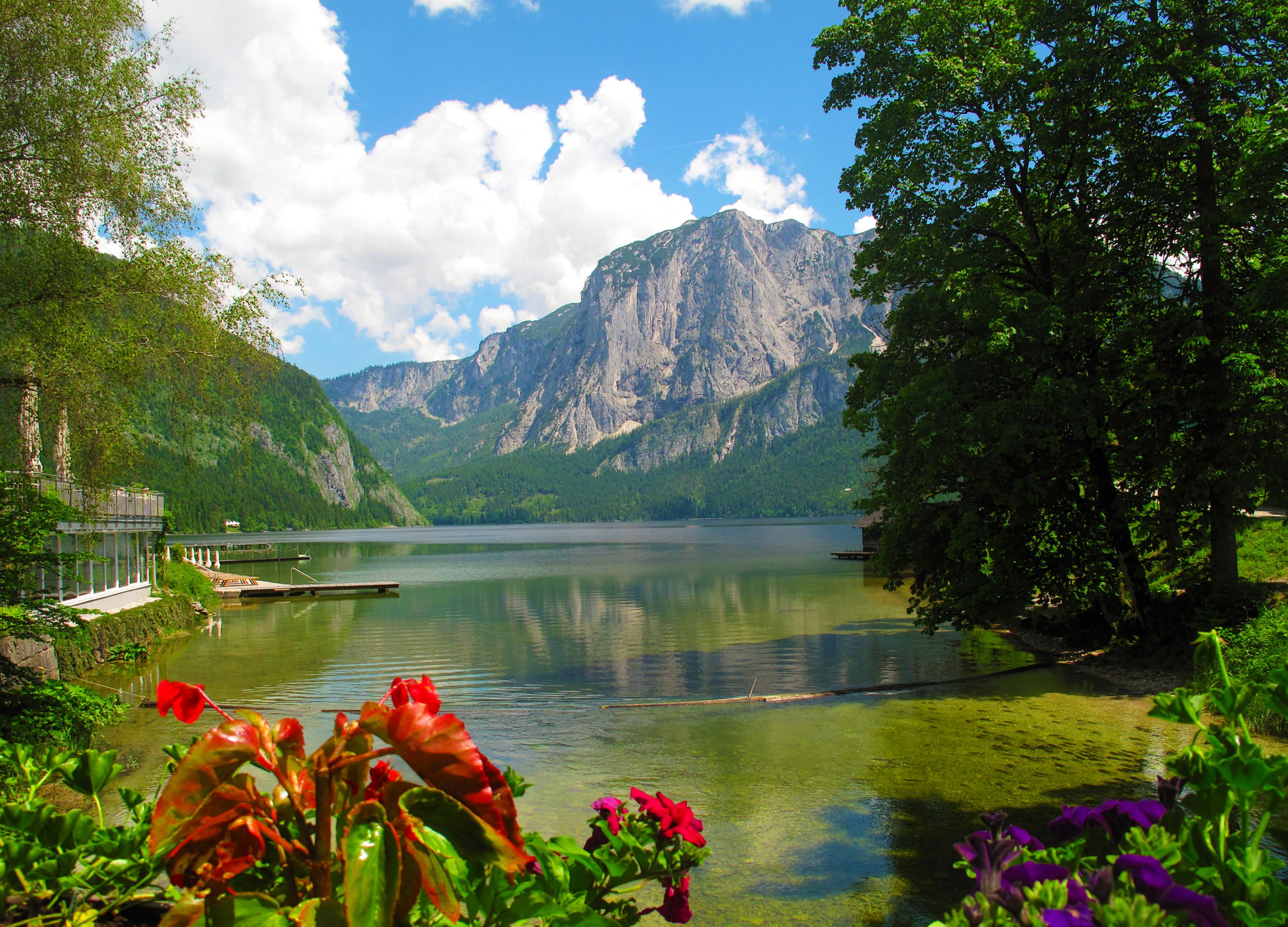 Наилучшие природные ландшафты можно наблюдать возле австрийских озер