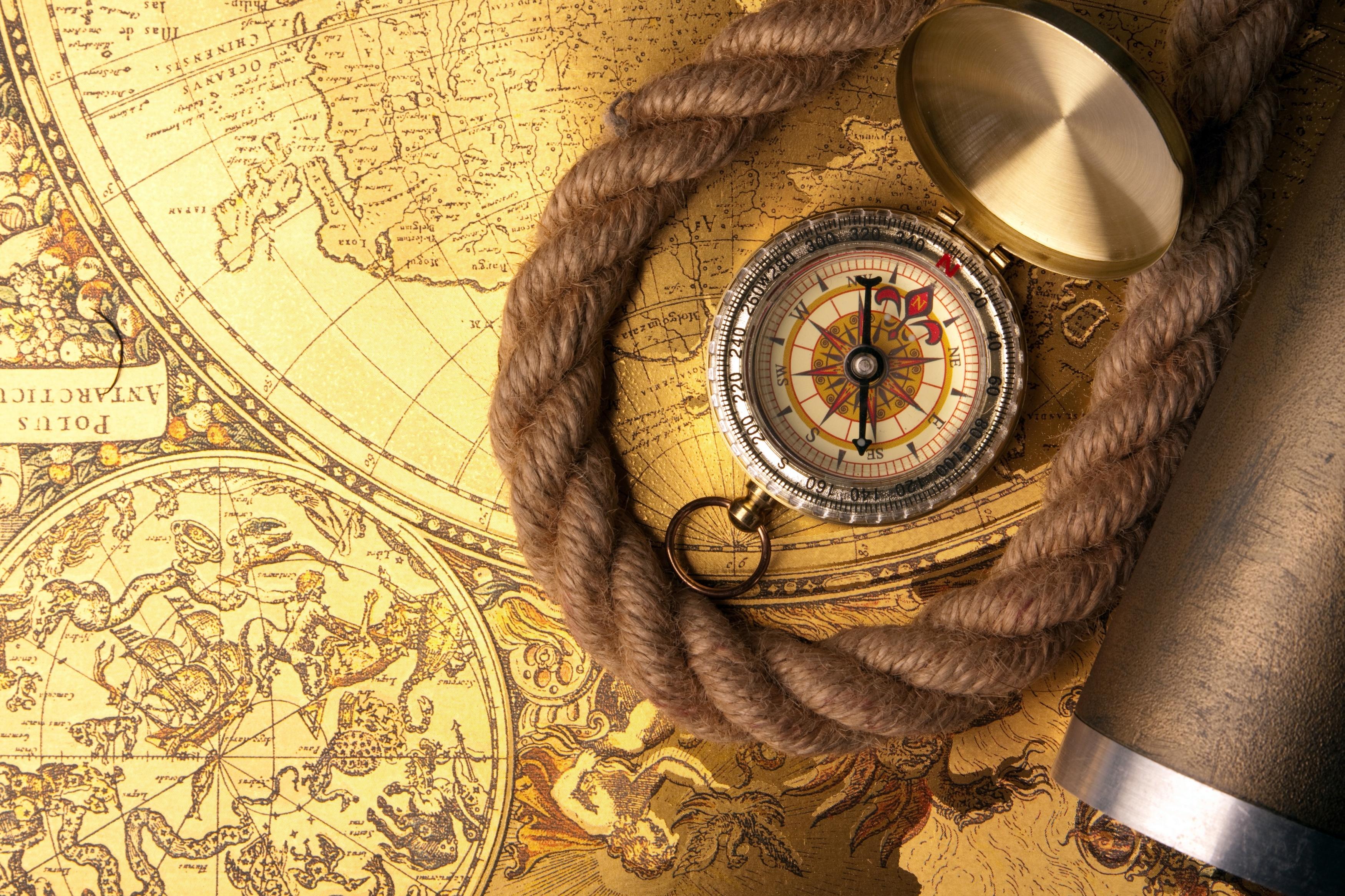Карта и компас  № 2941892  скачать