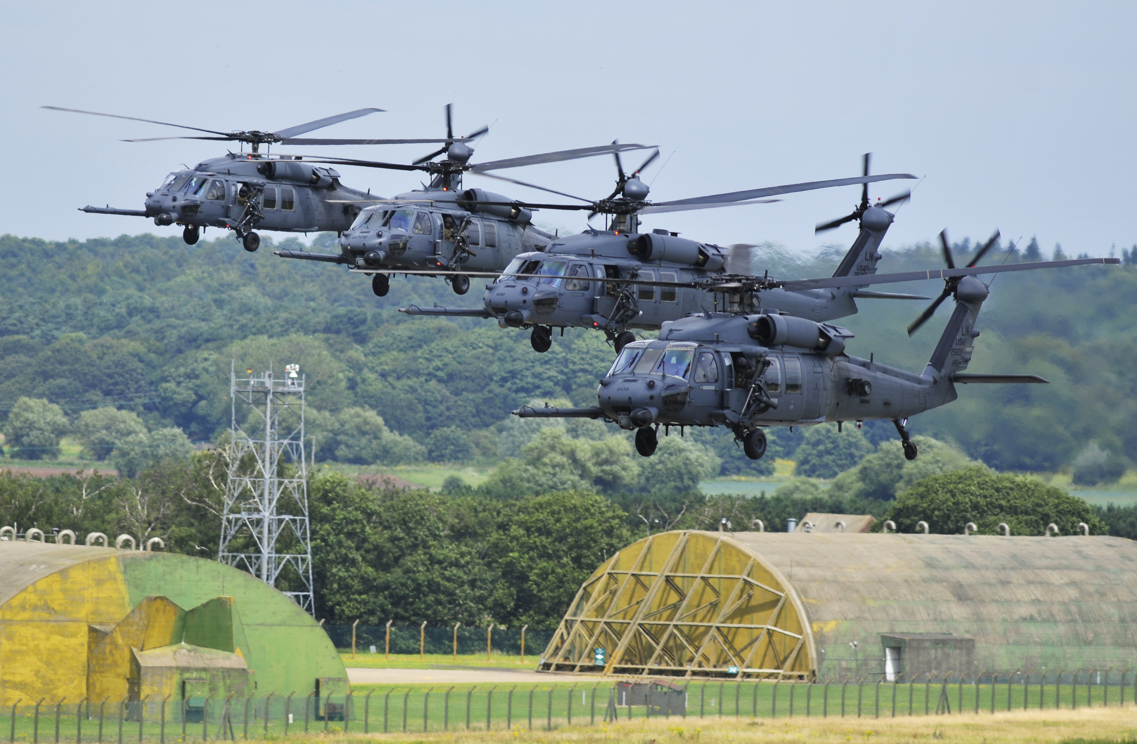 Вертолеты на аву