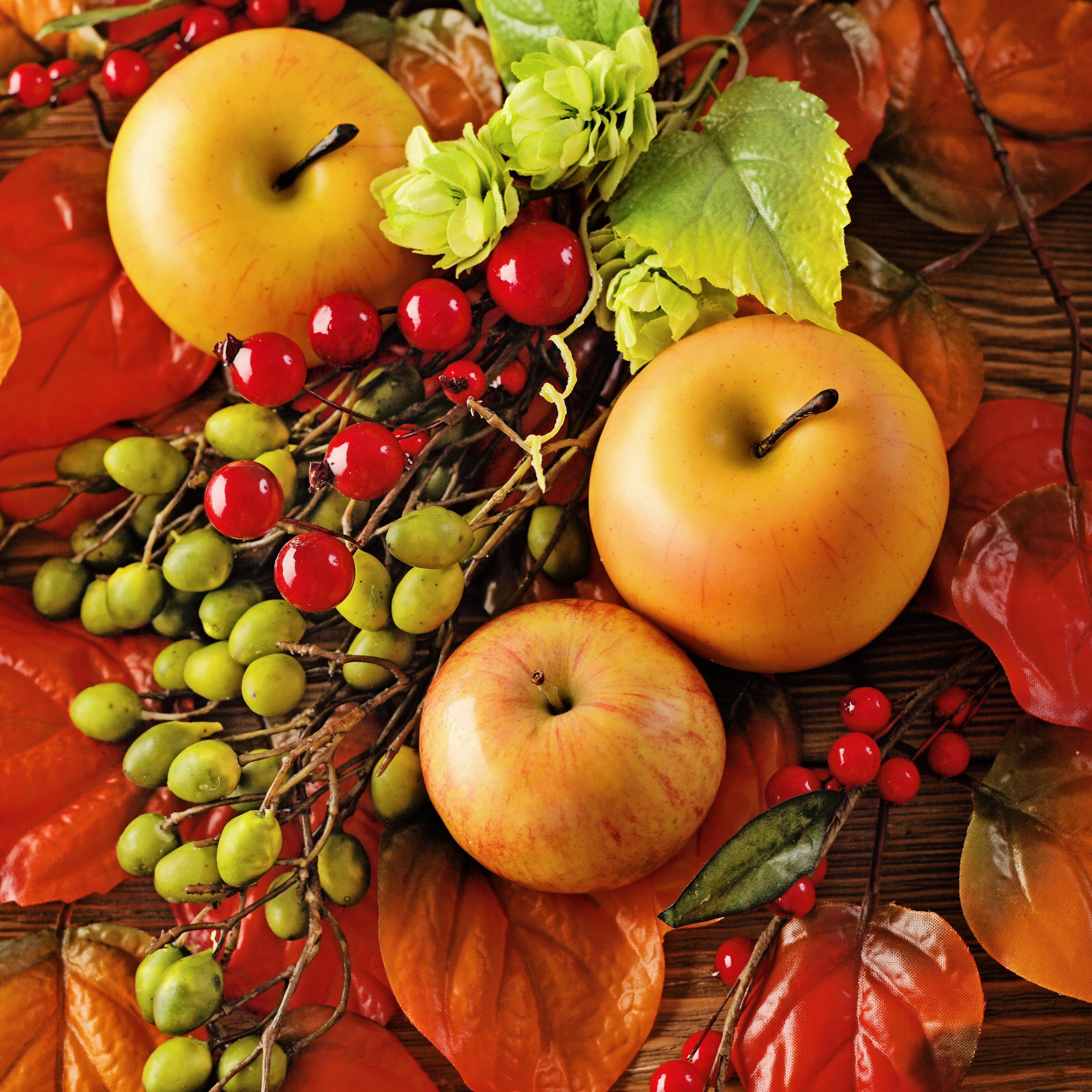 Открытка плоды