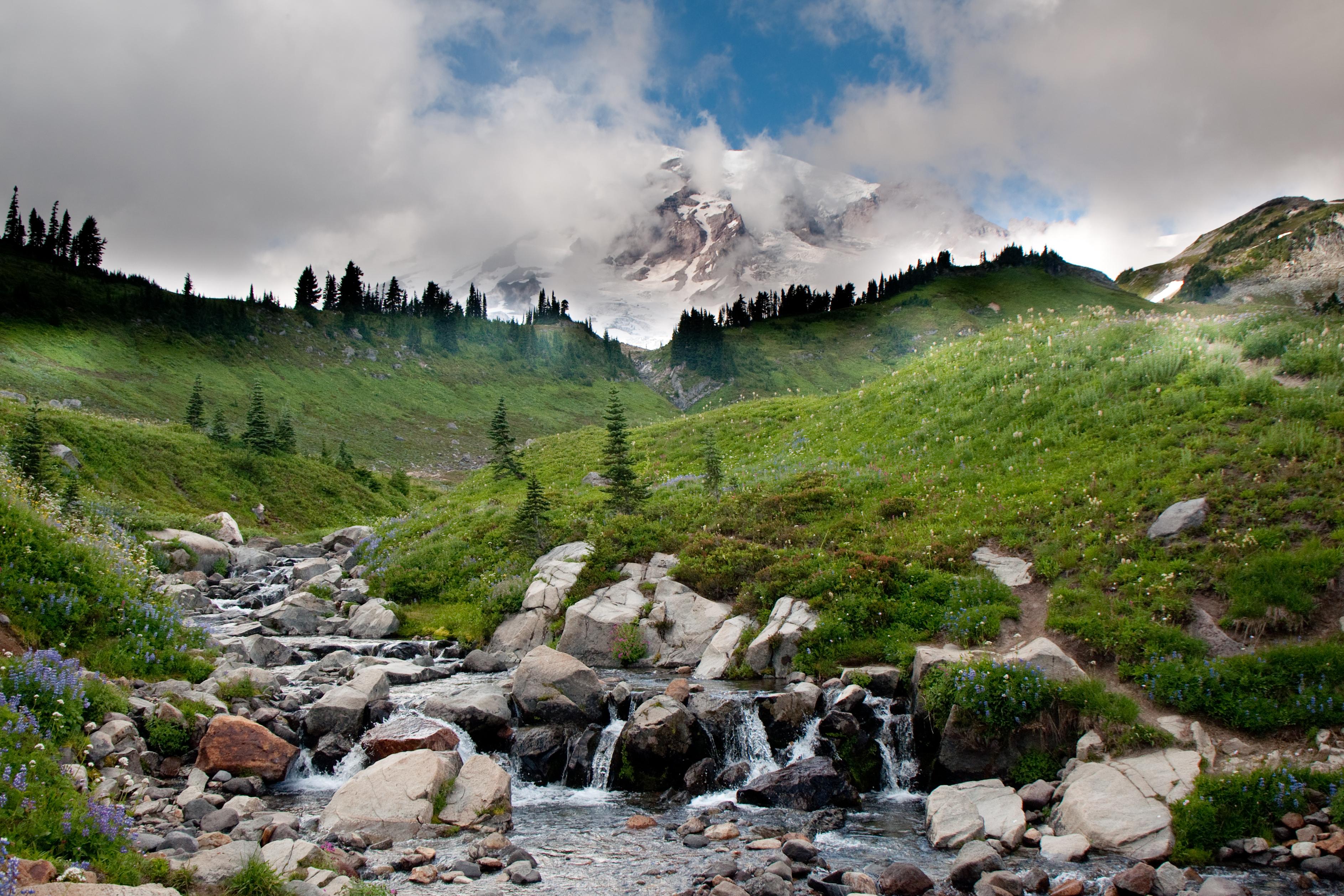 природа трава река горы скалы облака nature grass river mountains rock clouds  № 1222802  скачать