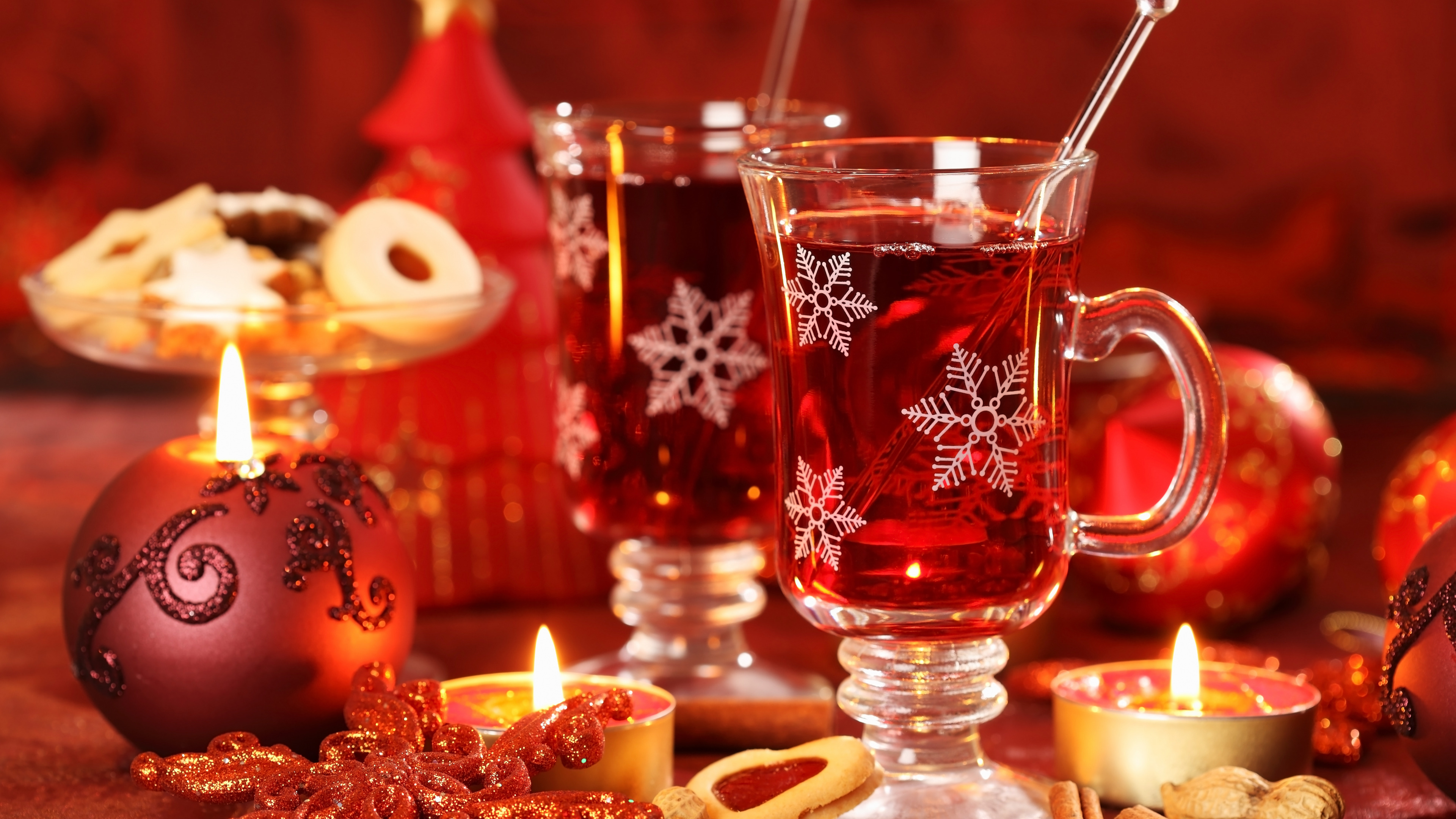 http://img3.goodfon.ru/original/3840x2160/a/e8/christmas-decoration-new-year-3844.jpg