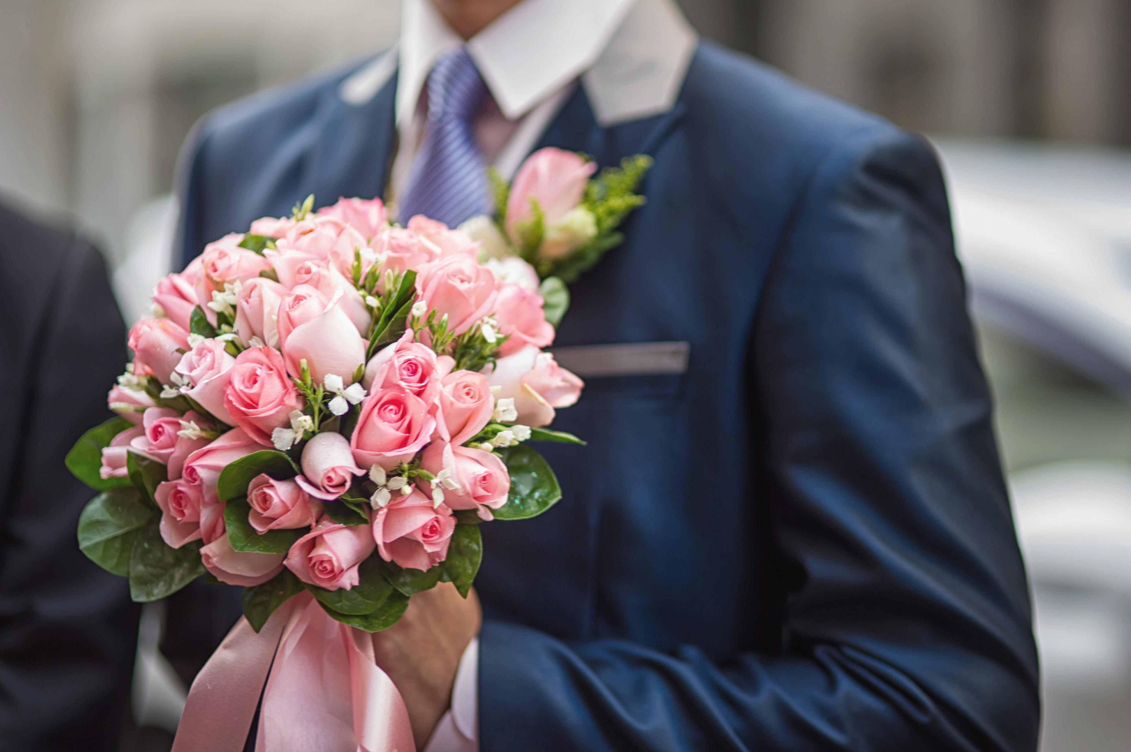 Букет цветов невесте от жениха