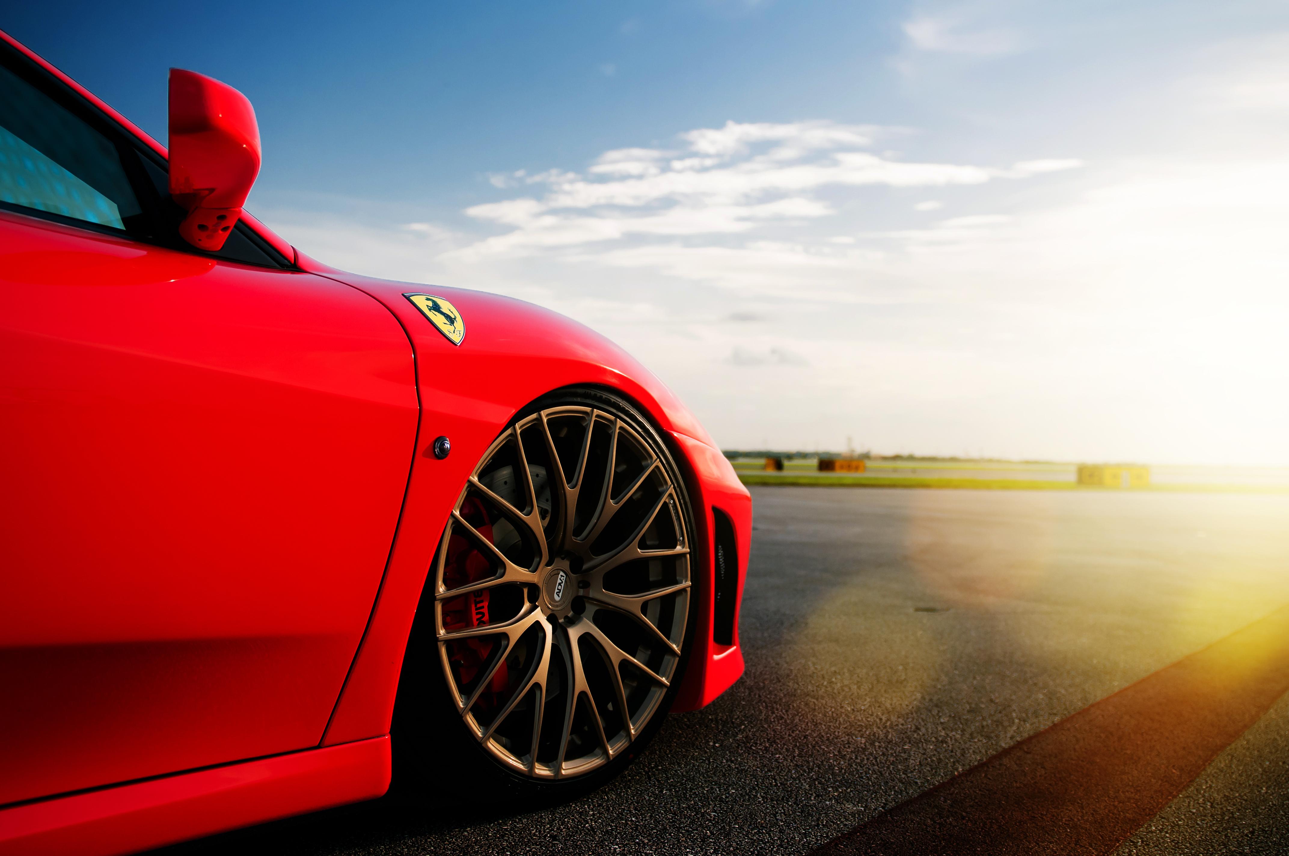 Ferrari red  № 2435039 без смс