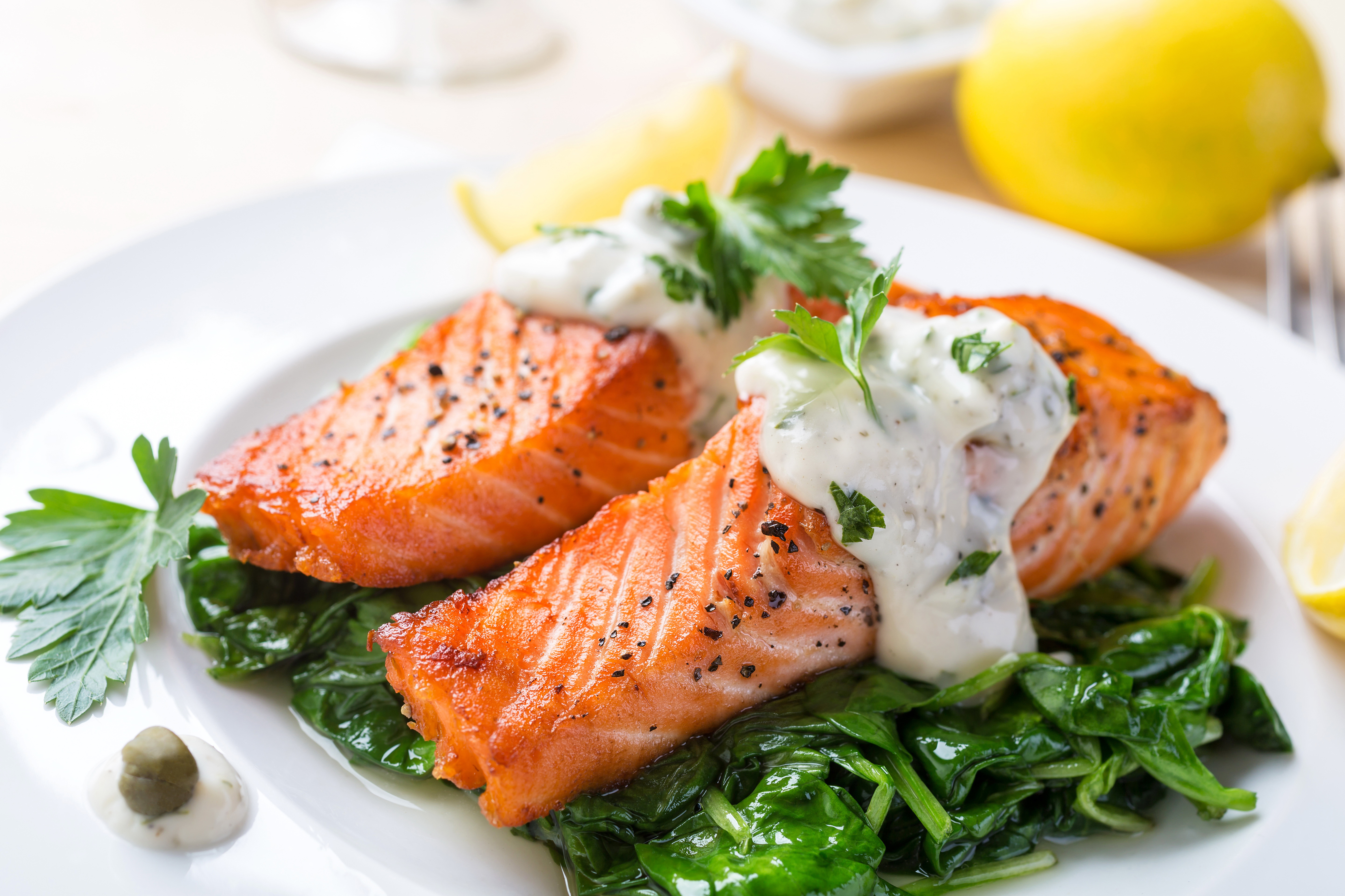 еда салаты рыба курица банкет  № 2124060  скачать