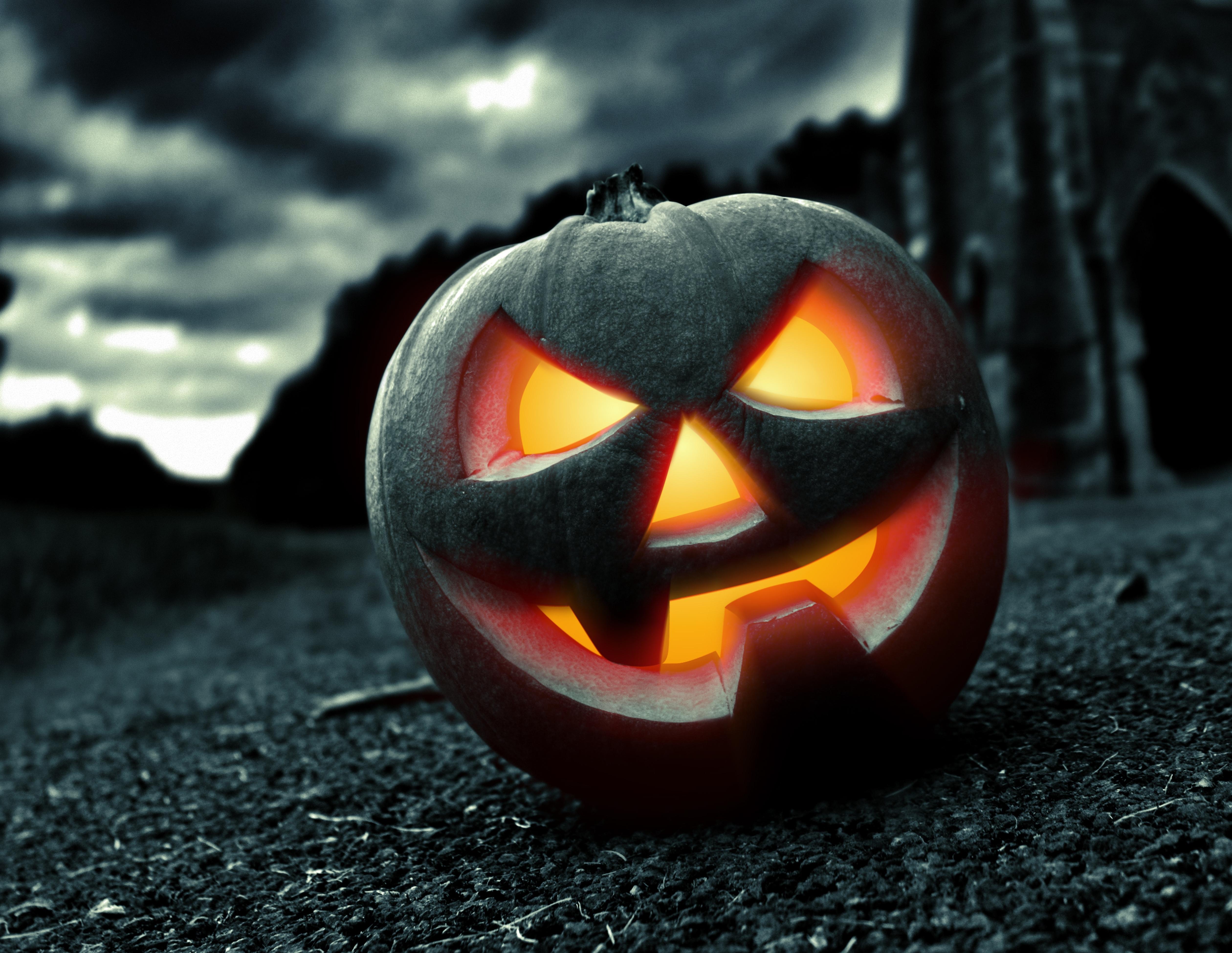 http://img3.goodfon.ru/original/5040x3900/3/1b/halloween-pumpkin-face-3643.jpg