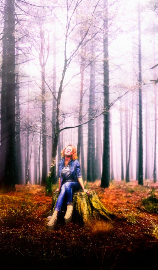 В лесу с блондинкой видео