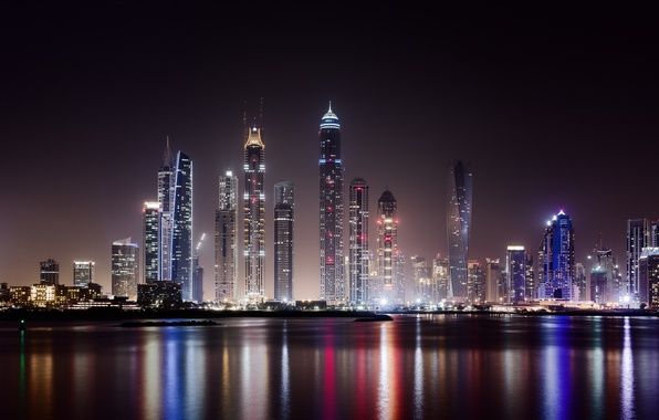 Картинка вода, свет, ночь, город, огни, здания, дома, небоскребы, освещение, Дубай, мегаполис, ОАЭ, Объединённые Арабские Эмираты