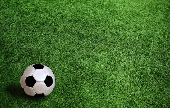 Картинка поле, трава, футбольный мяч