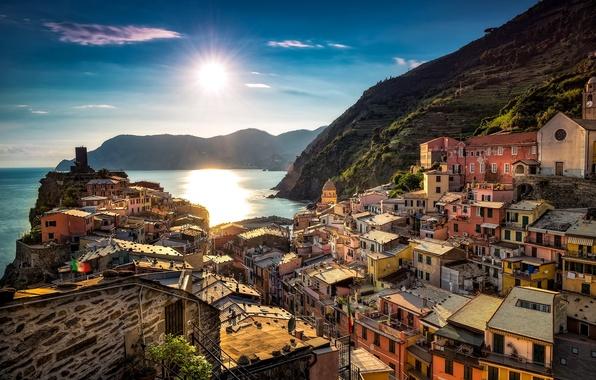 Картинка море, побережье, здания, Италия, Italy, Лигурийское море, Вернацца, Vernazza, Cinque Terre, Чинкве-Терре, Лигурия, Liguria, Ligurian ...