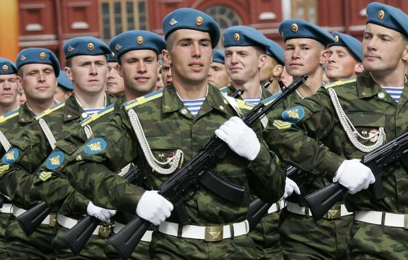 Картинка оружие, армия, солдаты, Россия, русские, бойцы, военные, автоматы, гордость, ВДВ, элита, честь, голубые береты, воздушно-десантные …