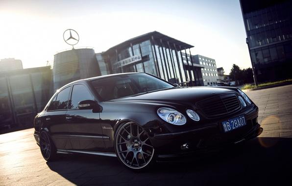 Картинка Mercedes-Benz, Мерседес, Mercedes, AMG, Kompressor, 2002, Matt, BBS, Sedan, АМГ, E-Klasse, W211, Titan, Kraftfahrzeugtechnik, CH-R, …