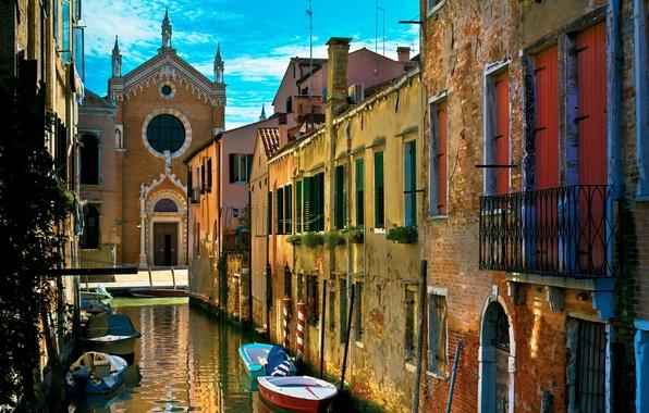 Картинка вода, улица, дома, старые, лодки, Италия, Венеция, канал, Italy, гондолы, Venice