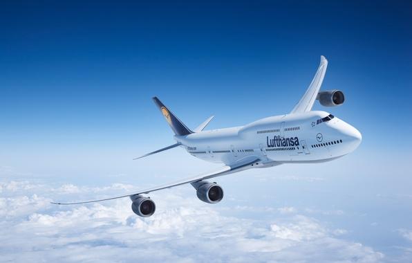 Картинка Облака, Самолет, Полет, Boeing, Боинг, 747, Lufthansa, В Воздухе, Летит, Авиалайнер