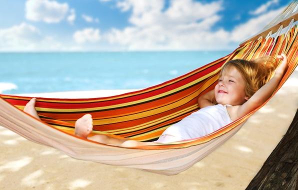 Картинка море, пляж, лето, отдых, ребенок, гамак, девочка, курорт