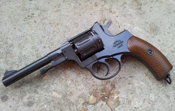 Картинка оружие, Револьвер, Наган