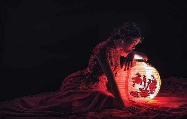 Картинка свет, поза, фонарь, азиатка, размышления