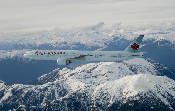 Картинка облака, снег, полет, горы, Boeing, кленовый лист, Air Canada, 777-300ER